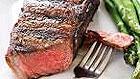 Людям с болезнями почек следует отказаться от мяса